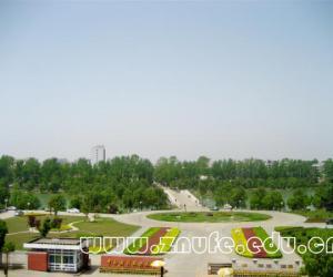 中南财经政法大学校园美景欣赏
